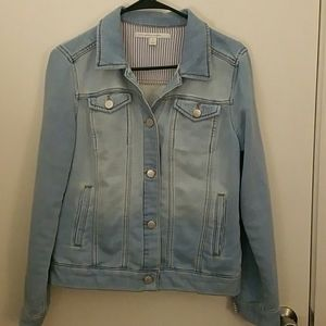 Lauren Conrad soft Denim jean jacket sz M